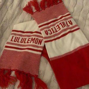vintage Lululemon red and white scar
